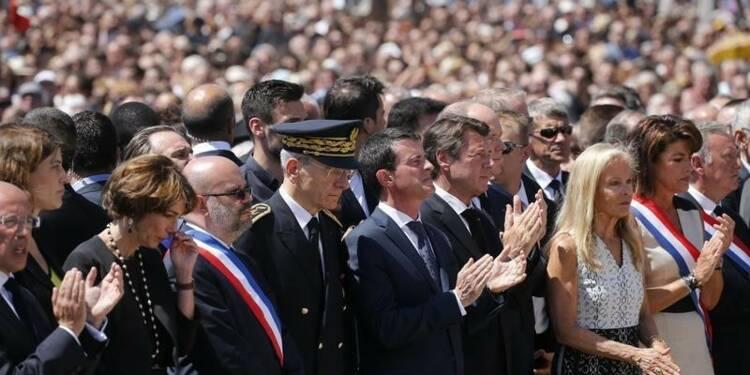 Valls dénonce une manoeuvre de déstabilisation de la droite