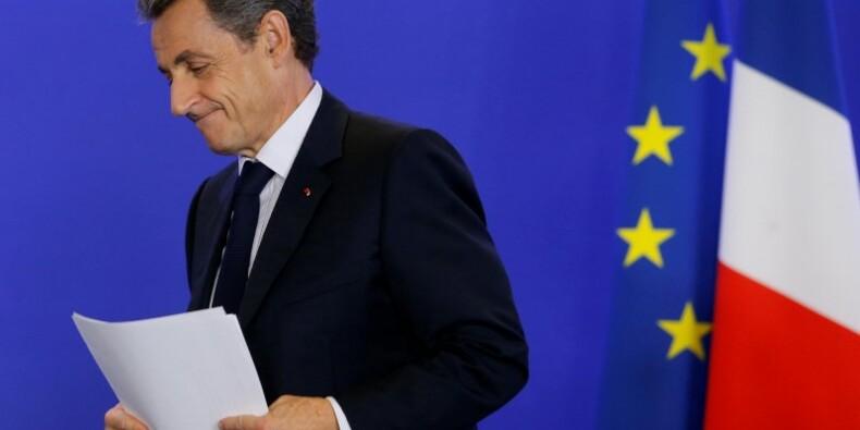Sarkozy réclame un nouveau traité européen