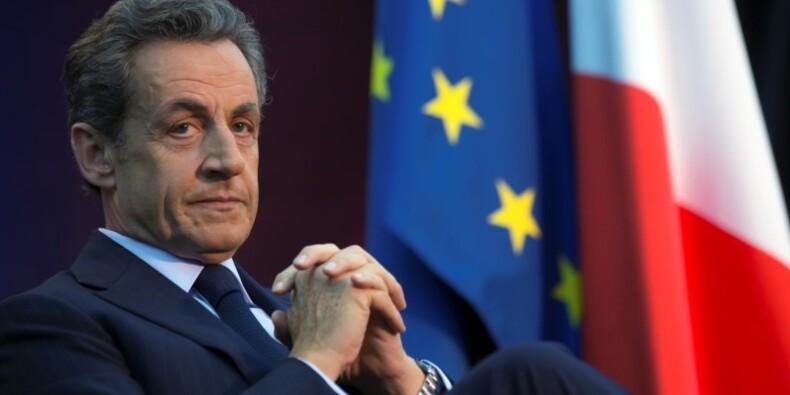 Nicolas Sarkozy sur le pied de guerre