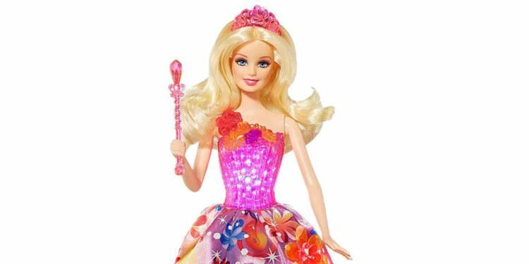 Poupée Barbie : à 56 ans, elle aurait besoin d'un lifting