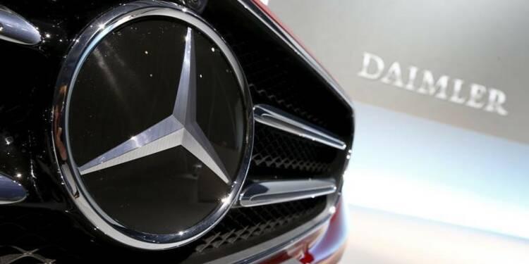Daimler affiche des profits en baisse au 1er trimestre