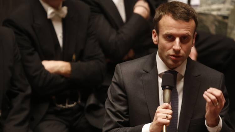 Macron privé de son projet de loi, coup dur pour la star du gouvernement