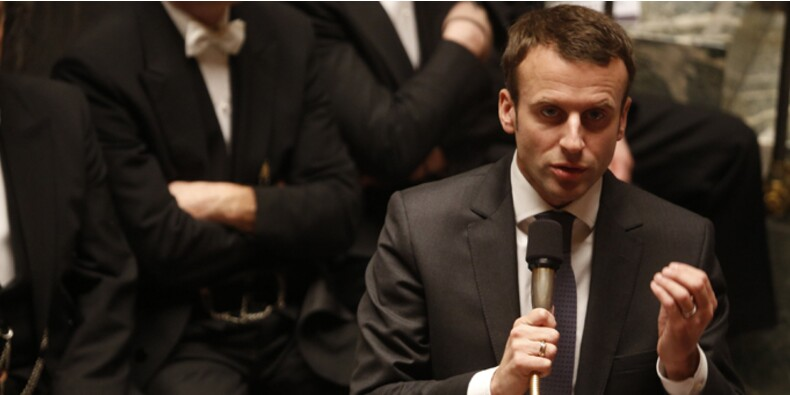 Emmanuel Macron doit-il démissionner de la fonction publique ?