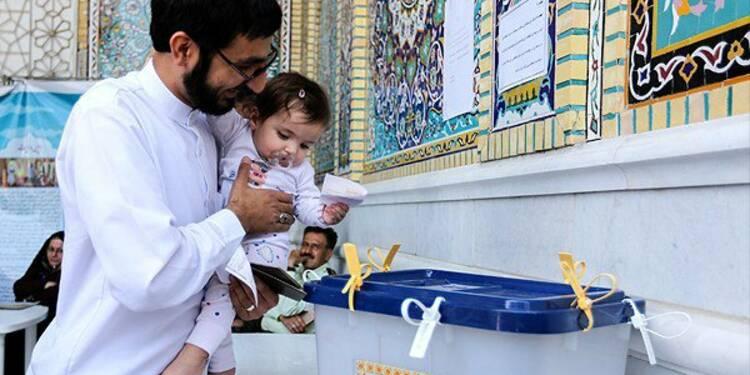 Progression des modérés au second tour des législatives en Iran
