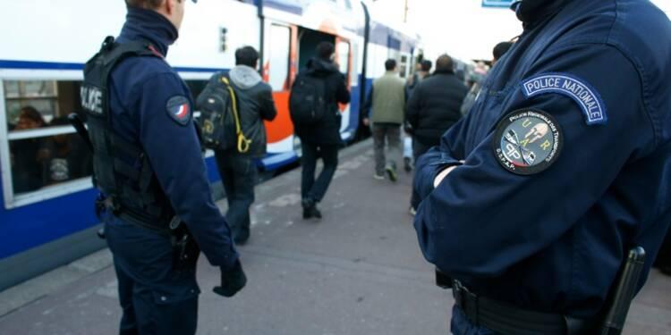 """Attentats: la CFDT-Transports juge """"irréalisables"""" les mesures de sécurité renforcée"""