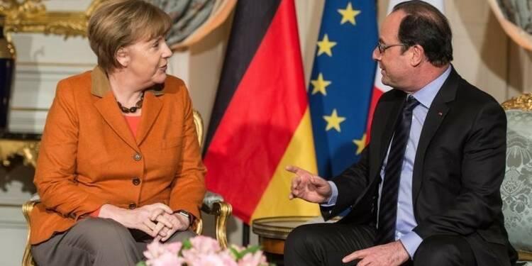 Merkel et Hollande affirment leur accord sur les réfugiés