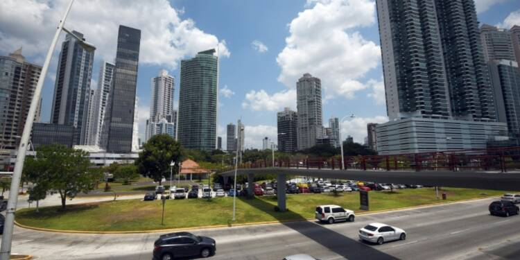 """""""Panama Papers"""" : le film depuis les premières révélations de dimanche"""