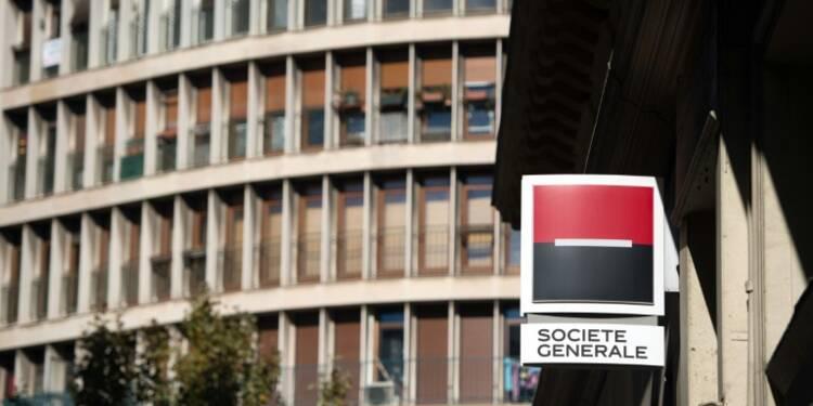 Panama papers: Attac bloque une agence Société Générale à Paris