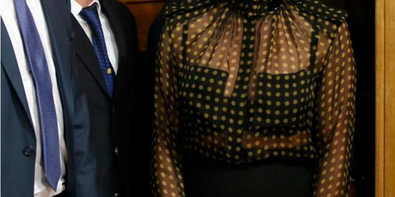 Pamela Anderson proteste contre le gavage des oies à l'Assemblée