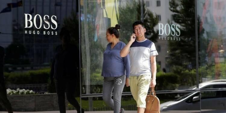 Hugo Boss va poursuivre les fermetures de magasins