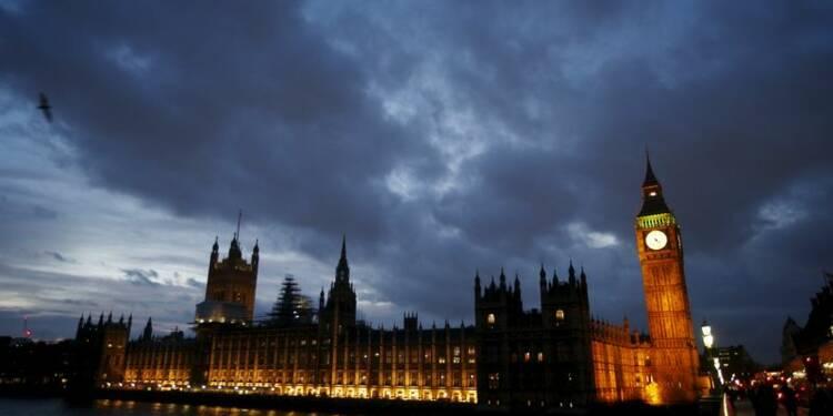 La croissance britannique révisée à la baisse