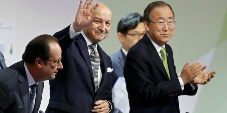 """Un projet d'accord """"ambitieux et équilibré"""" présenté à la COP21"""