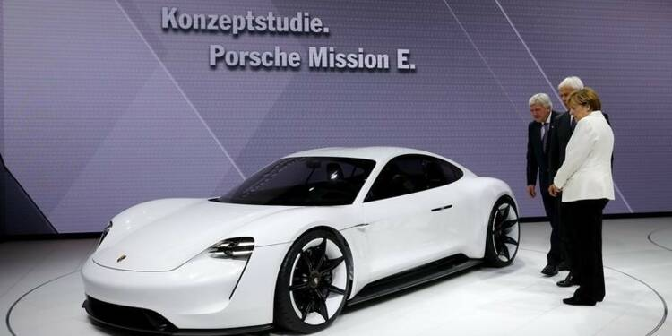 Porsche investira un milliard pour son futur modèle électrique