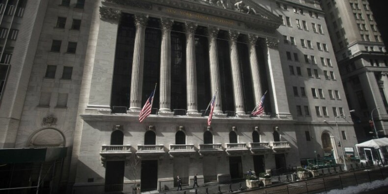 Wall Street ouvre sur une note prudente