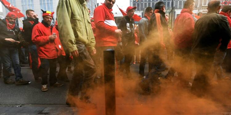 """Belgique: manifestation avec quelques incidents contre une """"loi travail"""""""