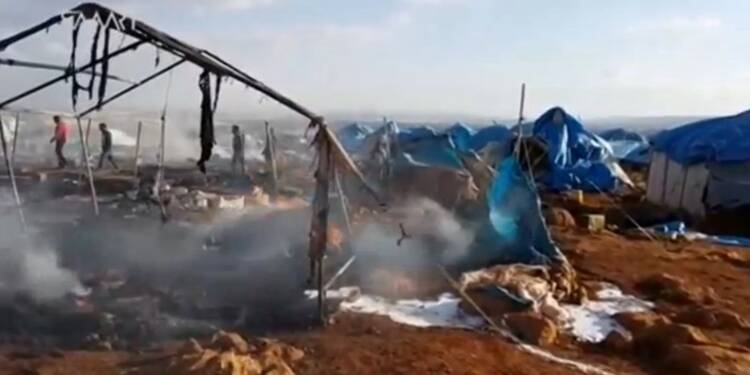 L'armée syrienne nie avoir bombardé un camp de déplacés