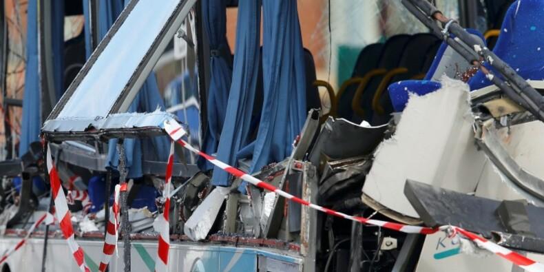 Accident à Rochefort: le chauffeur du camion mis en examen