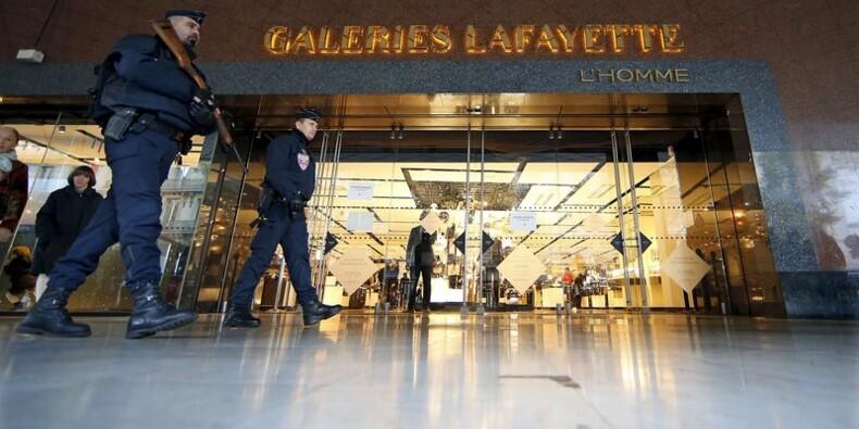 Forte baisse des ventes au détail après les attentats