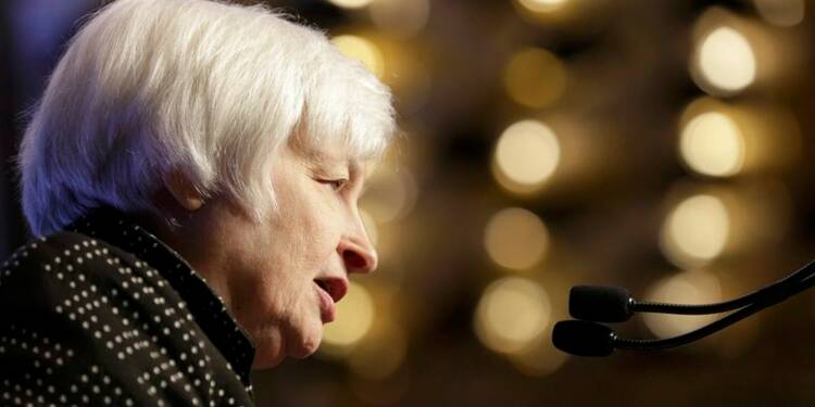 La Fed parle de signes de pressions à la hausse sur les salaires