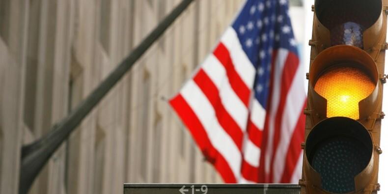 Wall Street recule après des indicateurs décevants