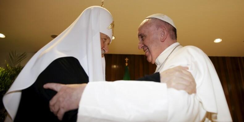 Le pape François rencontre le chef des orthodoxes russes à Cuba