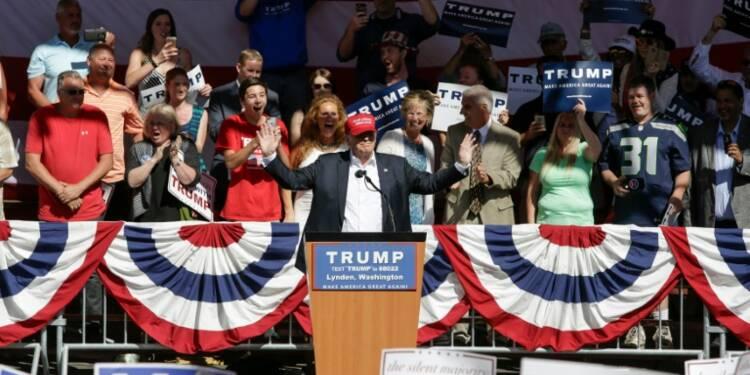 Donald Trump, caméléon au programme économique fluctuant suivant l'opinion