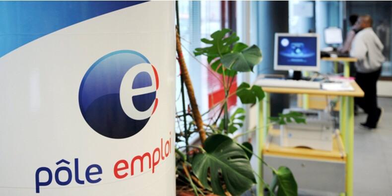 Pour faire des économies, Pôle emploi radie les chômeurs par mail