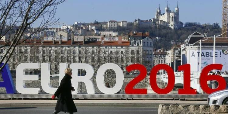 "L'Euro 2016, ""cible attirante pour les terroristes"", dit Europol"