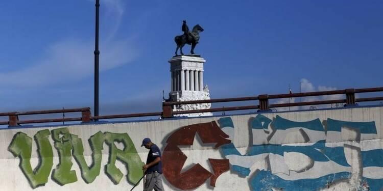 """Cuba parvient à un accord """"historique"""" avec ses créanciers"""