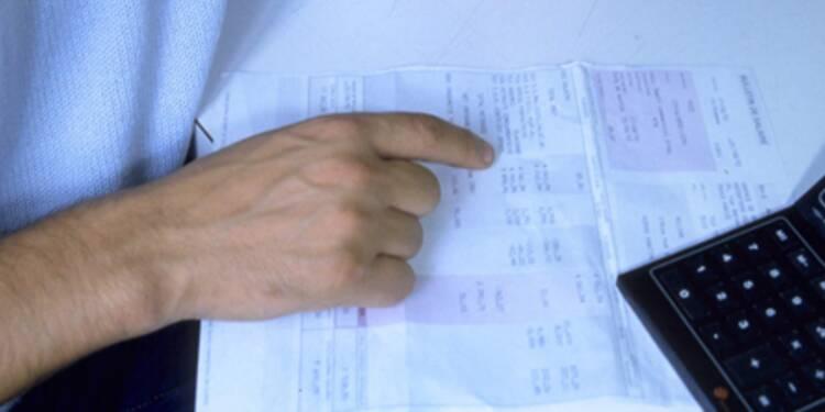 Un Français touche en moyenne un peu plus de 2.000 euros net par mois