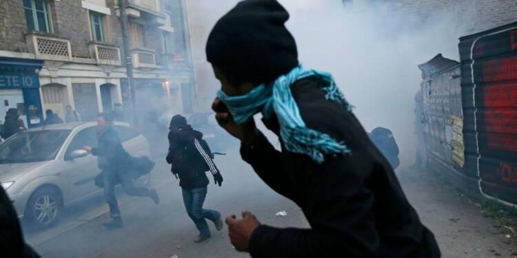 Bernard Cazeneuve promet la fermeté contre les casseurs