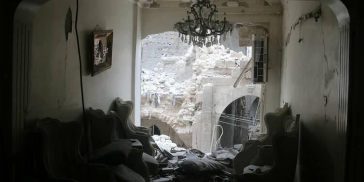 Les insurgés syriens prennent un village stratégique près d'Alep