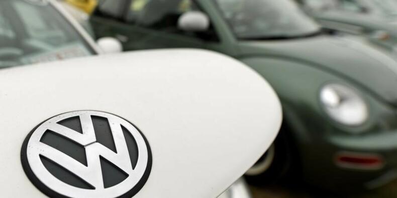 Le conflit entre VW et ses fournisseurs affecte 27.700 salariés