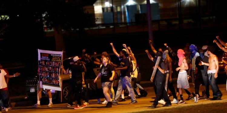 Violences à Milwaukee après que la police ait abattu un suspect