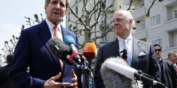 Etats-Unis et Russie disent travailler à une trêve à Alep
