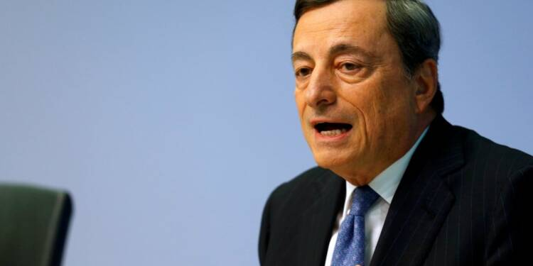 Mario Draghi (BCE) juge possible un soutien public aux banques