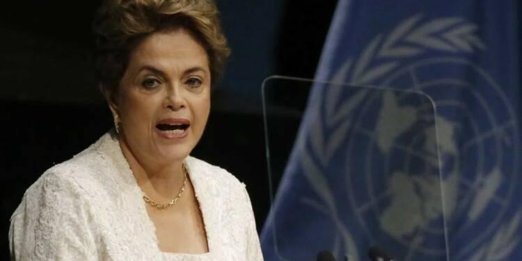 Rousseff envisage de saisir le Mercosur en cas de destitution
