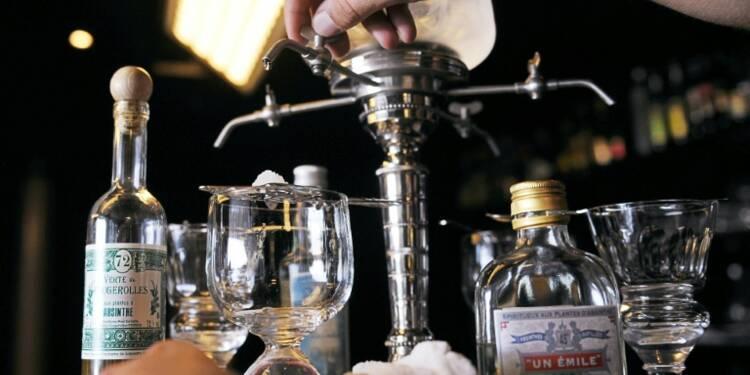 Consommation: en 2015, les Français ont bu un peu moins de spiritueux