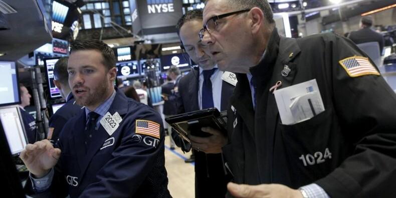 Wall Street finit dans le vert grâce au pétrole