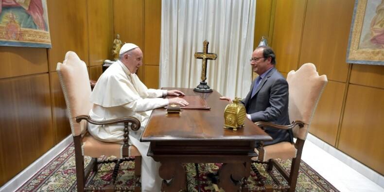 Hollande au Vatican pour parler solidarité et chrétiens d'Orient