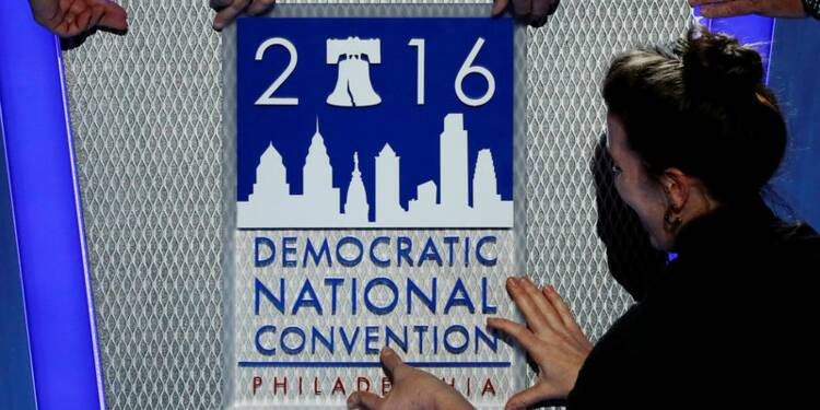 La convention démocrate s'ouvre dans un climat tendu
