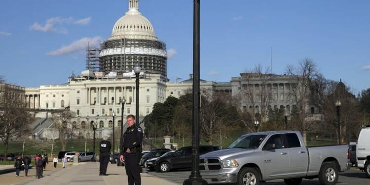 Fusillade au Capitole, deux blessés dont un suspect