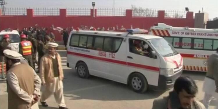 Attaque d'une université du Pakistan, une vingtaine de morts