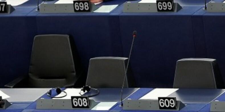 La famille Le Pen visée pour abus de confiance