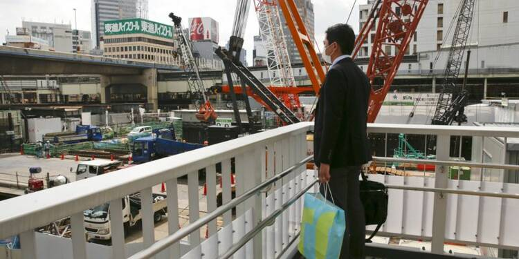 Contraction de l'activité manufacturière au Japon post-séisme