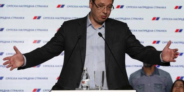 Le Premier ministre serbe Vucic grand vainqueur des législatives