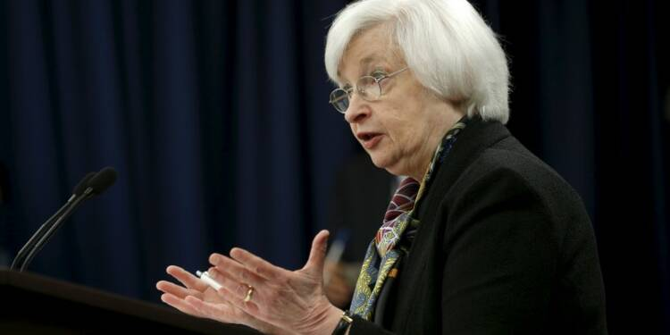 La Fed doit agir avec prudence, dit Janet Yellen