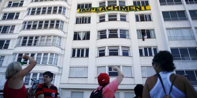 Dilma Rousseff se rapproche de la destitution au Brésil