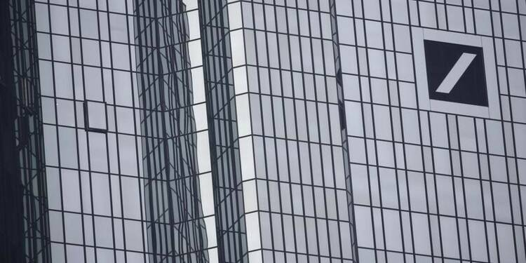 Deutsche Bank va réduire ses bonus après sa perte record