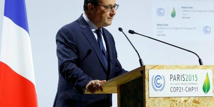 François Hollande appelle à un accord contraignant à la COP21